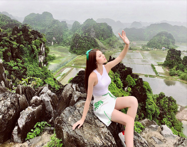 Hoa Hậu Rich Kids Jolie Nguyễn đi du lịch: không còn sang chảnh, chịu chơi và chịu lầy hơn để sống đúng với thanh xuân của mình - Ảnh 5.