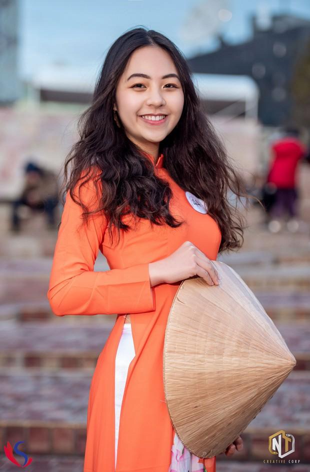 Ngắm dàn thí sinh của cuộc thi Hoa khôi du học sinh tại Úc: Con gái Việt dù ở bất cứ đâu, cứ diện áo dài là xinh! - Ảnh 9.