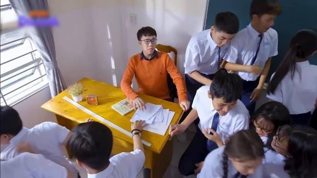Nam sinh trong phim Việt Nam còn quay cóp bạo gan hơn cả hội thiên tài bất hảo Bad Genius - Ảnh 11.