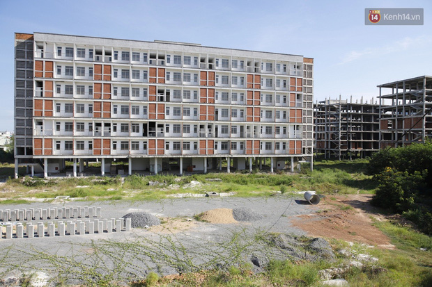 Bên trong ký túc xá từng được huy động vốn 700 tỷ đồng nhưng bỏ hoang ở Đà Nẵng suốt nhiều năm - Ảnh 2.