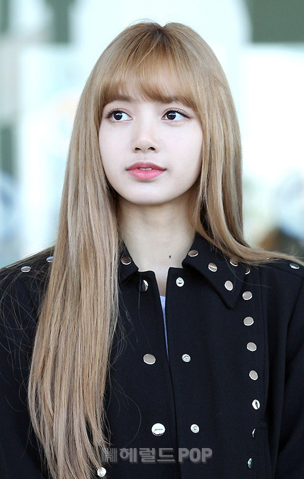 Màn đọ sắc khủng nhất tại sân bay: Black Pink đẹp miễn chê, Hani khoe body thần thánh bên EXID, Lee Jong Suk - Ảnh 13.