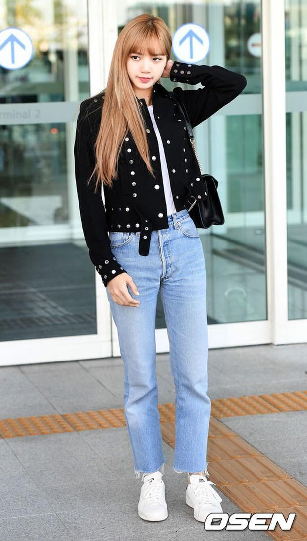Màn đọ sắc khủng nhất tại sân bay: Black Pink đẹp miễn chê, Hani khoe body thần thánh bên EXID, Lee Jong Suk - Ảnh 11.