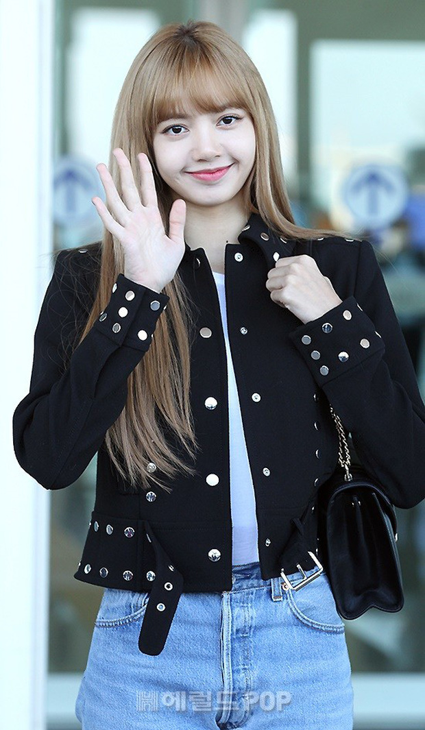 Màn đọ sắc khủng nhất tại sân bay: Black Pink đẹp miễn chê, Hani khoe body thần thánh bên EXID, Lee Jong Suk - Ảnh 12.