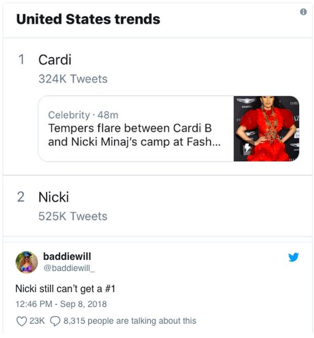 Loạt clip chế và bình luận vui đừng hỏi về vụ Cardi B đánh nhau tung giời với Nicki Minaj giữa sự kiện - Ảnh 1.