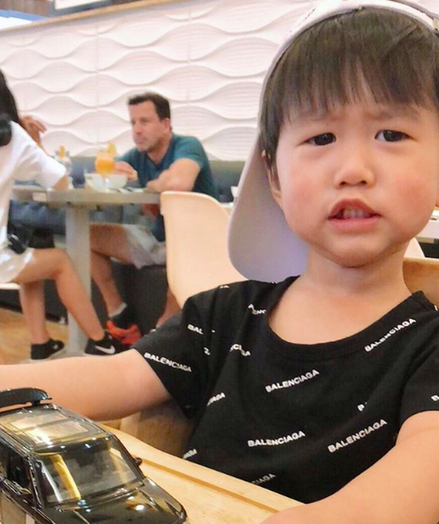 Tan chảy trước loạt biểu cảm cưng không chịu được của Xoài - em bé hot nhất Instagram Việt - Ảnh 30.