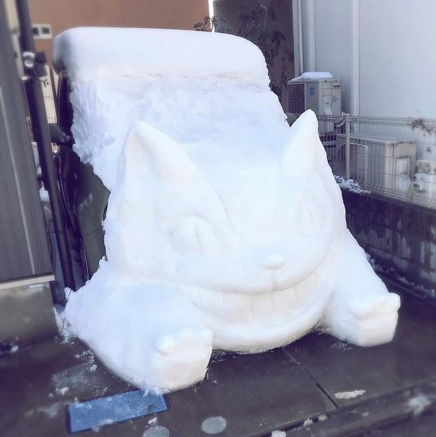 Tuyết rơi dày kỷ lục ở Nhật Bản, người dân đã vô tình tạc nên những bức tượng đẹp tới không ngờ - Ảnh 15.
