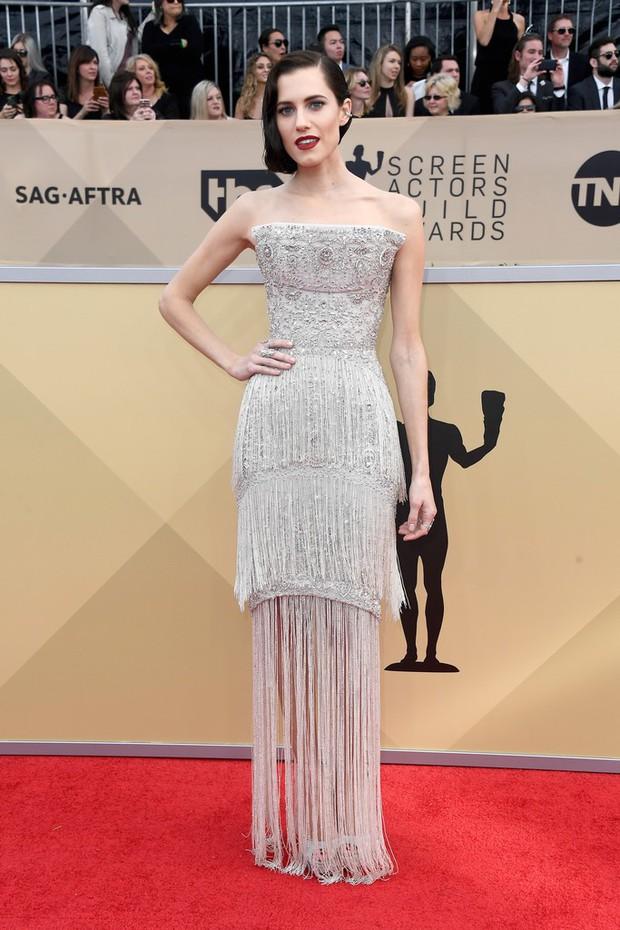 Dàn mỹ nhân Hollywood lại lộng lẫy đủ sắc màu trên thảm đỏ SAG sau phong trào diện đồ đen - Ảnh 19.
