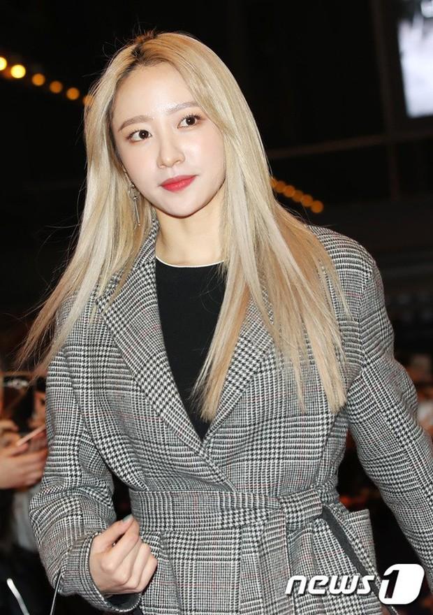 Tài tử Lee Byung Hun mời cả nửa làng giải trí đến sự kiện: SNSD thảm hại trước quân đoàn Hoa hậu, mỹ nhân - Ảnh 27.