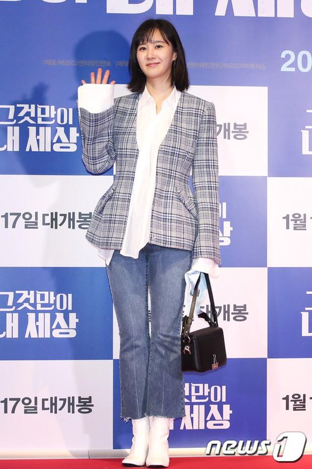 Tài tử Lee Byung Hun mời cả nửa làng giải trí đến sự kiện: SNSD thảm hại trước quân đoàn Hoa hậu, mỹ nhân - Ảnh 15.