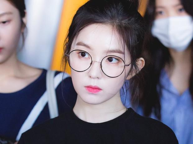 Sai lầm khi đeo kính cận mà hội cận thị cần sửa ngay để không gây tổn hại cho mắt - Ảnh 4.