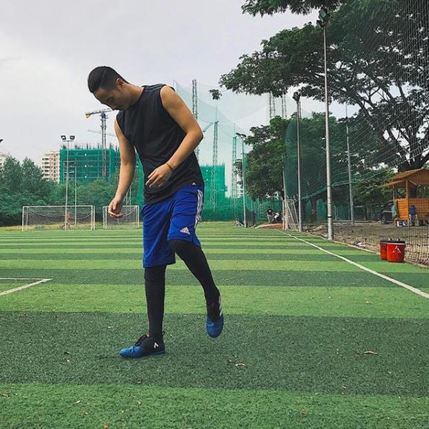 U23 có dàn cầu thủ đẹp trai như hot boy, còn đây là khi hot boy Việt mặc quần đùi áo số! - Ảnh 12.