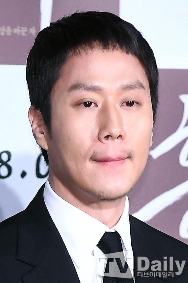 Sao Reply 1994 nén nước mắt khi nói về cố diễn viên Kim Joo Hyuk - Ảnh 3.