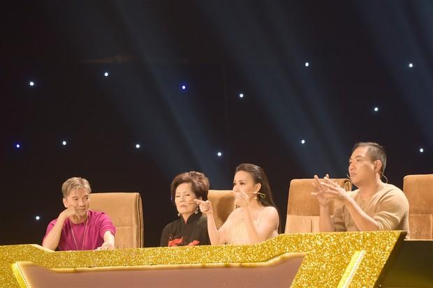 Cặp đôi vàng: Thánh nữ Bolero Jang Mi được danh ca Phương Dung khen ngợi hết lời - Ảnh 1.
