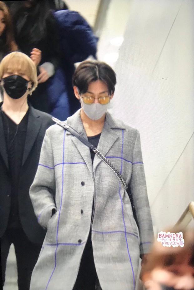 GOT7 tại sân bay Hàn sang Việt Nam: Bambam sành điệu, JB và Jinyoung bịt khẩu trang vẫn điển trai khó cưỡng - Ảnh 5.