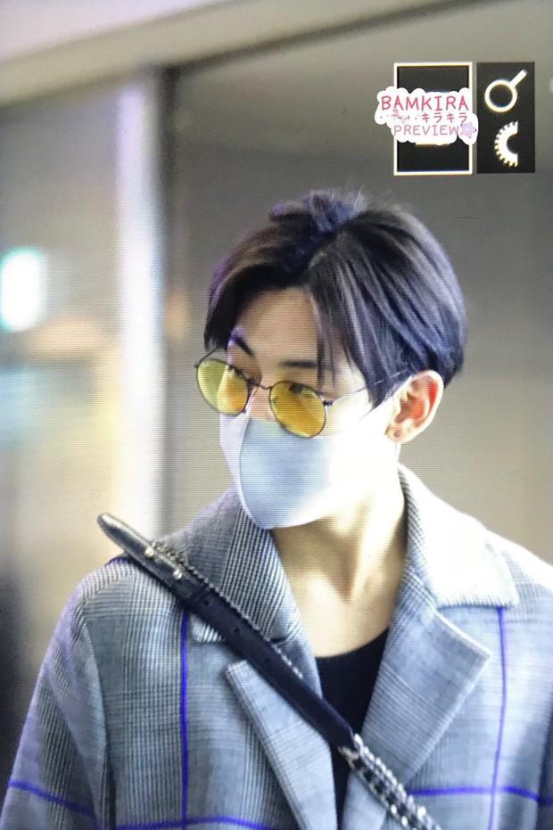 GOT7 tại sân bay Hàn sang Việt Nam: Bambam sành điệu, JB và Jinyoung bịt khẩu trang vẫn điển trai khó cưỡng - Ảnh 7.