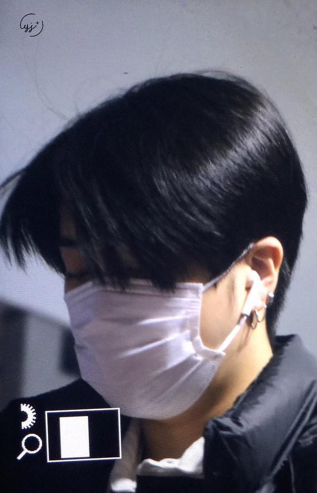GOT7 tại sân bay Hàn sang Việt Nam: Bambam sành điệu, JB và Jinyoung bịt khẩu trang vẫn điển trai khó cưỡng - Ảnh 15.