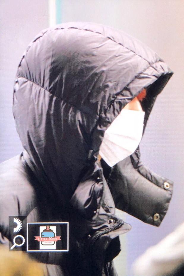 GOT7 tại sân bay Hàn sang Việt Nam: Bambam sành điệu, JB và Jinyoung bịt khẩu trang vẫn điển trai khó cưỡng - Ảnh 16.