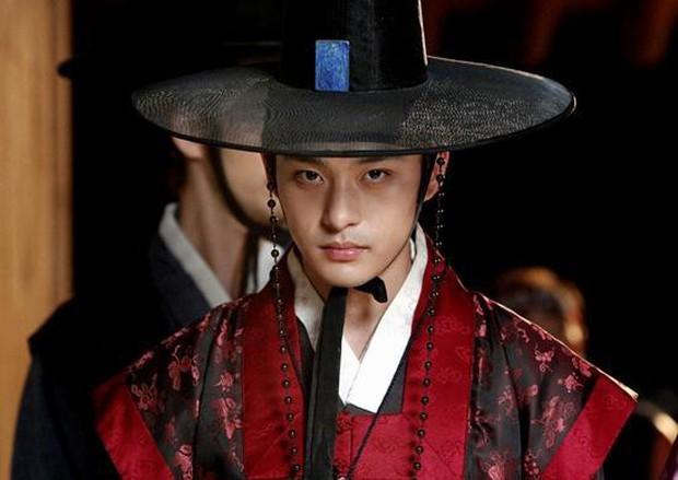 SỐC: Em trai Ha Ji Won qua đời ở tuổi 34 vì bệnh trầm cảm - Ảnh 1.