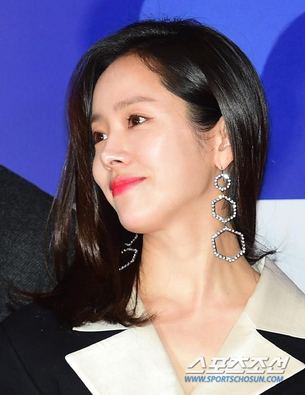 Tài tử Lee Byung Hun mời cả nửa làng giải trí đến sự kiện: SNSD thảm hại trước quân đoàn Hoa hậu, mỹ nhân - Ảnh 2.