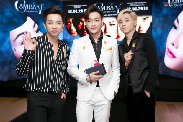 """Vào vai tâm thần phân liệt, Nhật Kim Anh """"xẻ bạo"""" ra mắt phim 18+, còn được nhóm HKT đến ủng hộ! - Ảnh 3."""
