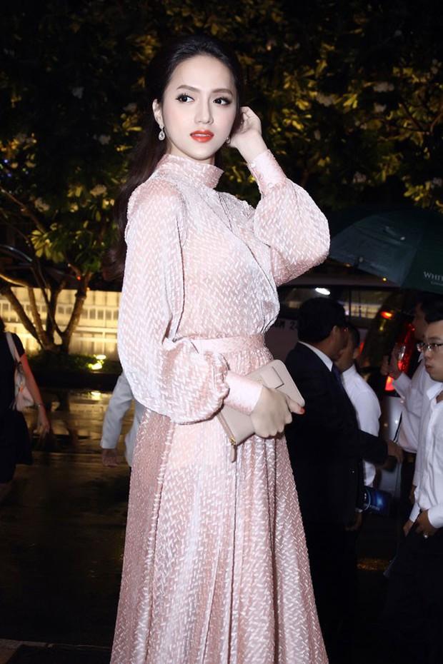Nhìn vào loạt váy lộng lẫy này của Hương Giang Idol, biết đâu lại thấy tiềm năng một Hoa hậu? - Ảnh 8.