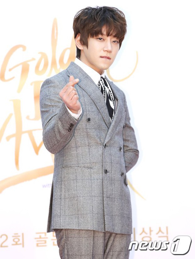 Thảm đỏ Golden Disc Awards: Bạn gái cũ Hyunbin trễ nải khoe ngực đầy bên Taeyeon diêm dúa, EXO và BTS đọ vẻ điển trai - Ảnh 41.