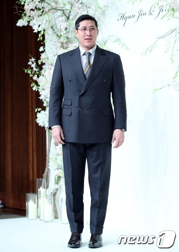 Đám cưới hội tụ toàn sao khủng: Lee Kwang Soo bỗng điển trai, Phạm Băng Băng Hàn Quốc bị mỹ nhân vô danh đè bẹp - Ảnh 30.