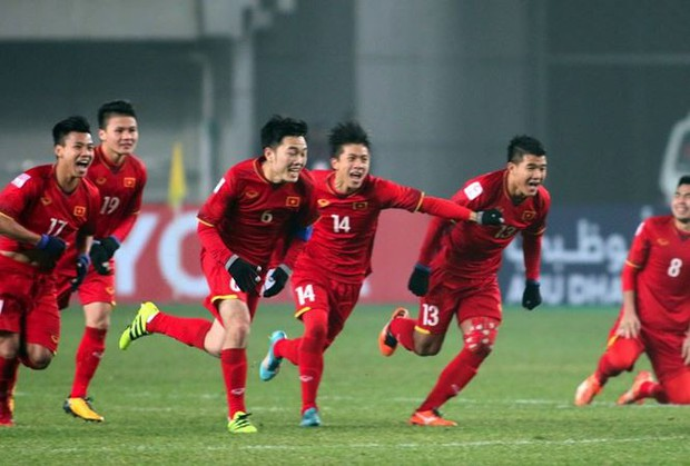 Hai ngôi sao U23 Việt Nam phải kiểm tra doping sau trận thắng Iraq - Ảnh 1.