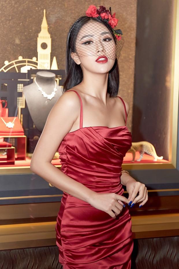 Quỳnh Anh Shyn dát cả cây hàng hiệu đẳng cấp tới dự sự kiện cùng Thanh Hằng, Hà Tăng - Ảnh 1.