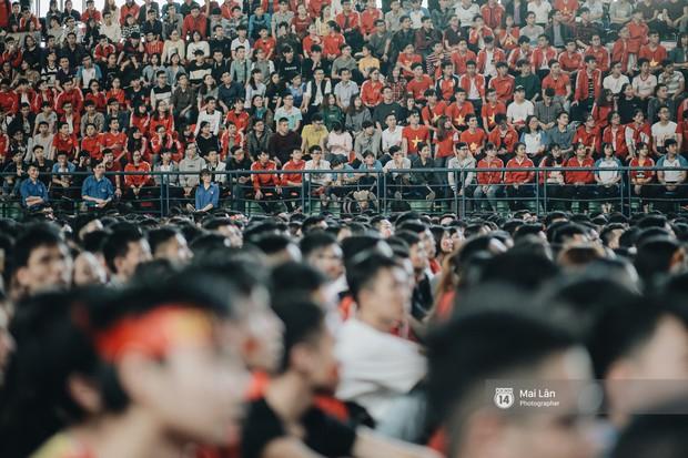 Sinh viên và loạt khoảnh khắc cảm xúc đến khó quên trong trận bán kết lịch sử Việt Nam - Qatar - Ảnh 6.