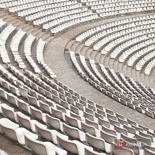 Giới trẻ xôn xao trước thông tin khu khán đài với dãy ghế trắng ở Nhà thiếu nhi Đà Lạt đã bị đóng cửa - Ảnh 7.