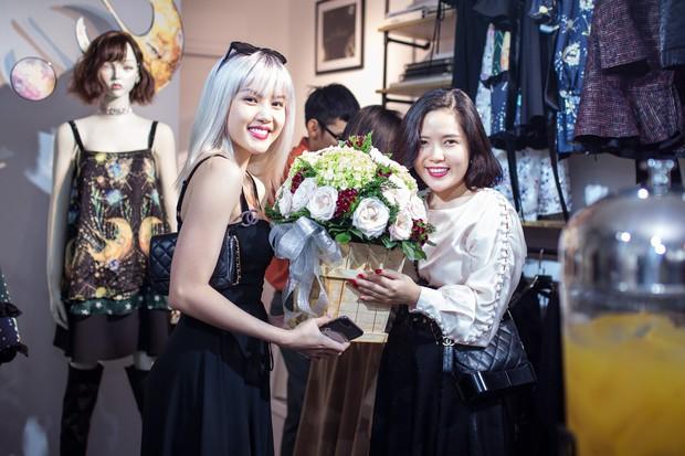 Phạm Quỳnh Anh, Tóc Tiên và team Sang đọ sắc, xinh đẹp rạng rỡ tại sự kiện - Ảnh 6.