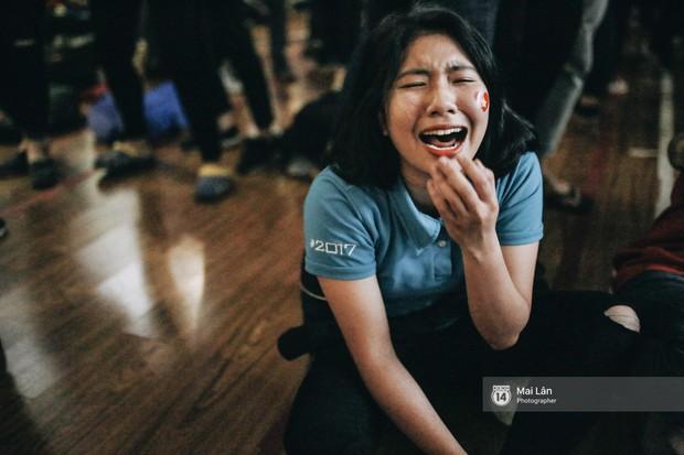 Sinh viên và loạt khoảnh khắc cảm xúc đến khó quên trong trận bán kết lịch sử Việt Nam - Qatar - Ảnh 17.