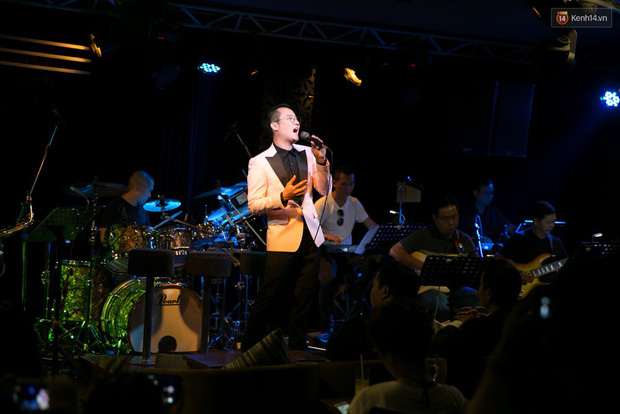 Hoàng Bách làm album nhạc Việt Anh, không áp lực trước cái bóng những tên tuổi lớn - Ảnh 7.
