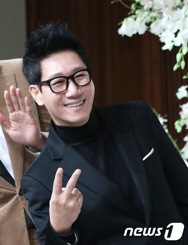 Đám cưới hội tụ toàn sao khủng: Lee Kwang Soo bỗng điển trai, Phạm Băng Băng Hàn Quốc bị mỹ nhân vô danh đè bẹp - Ảnh 7.