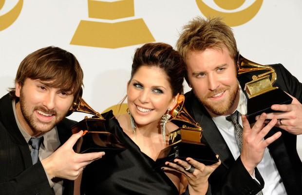 Cùng nhìn lại những Bài hát của năm được Grammy gọi tên suốt 10 năm qua - Ảnh 8.