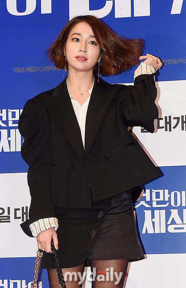 Tài tử Lee Byung Hun mời cả nửa làng giải trí đến sự kiện: SNSD thảm hại trước quân đoàn Hoa hậu, mỹ nhân - Ảnh 7.