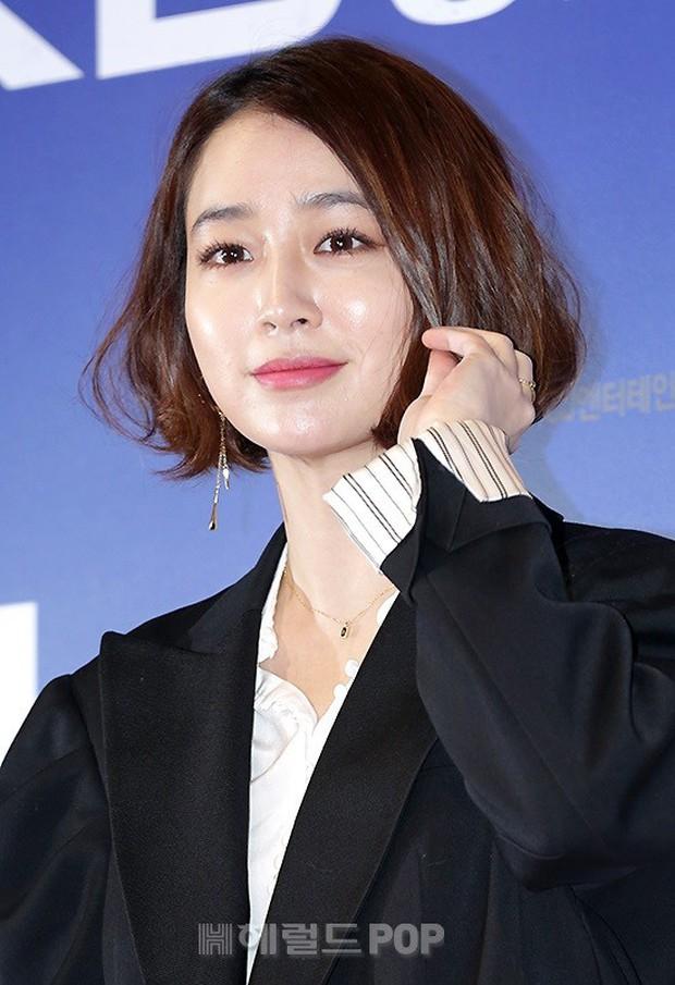 Tài tử Lee Byung Hun mời cả nửa làng giải trí đến sự kiện: SNSD thảm hại trước quân đoàn Hoa hậu, mỹ nhân - Ảnh 8.