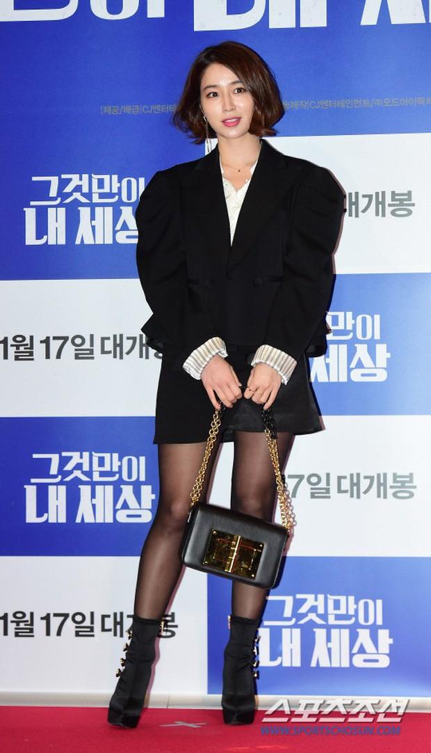 Tài tử Lee Byung Hun mời cả nửa làng giải trí đến sự kiện: SNSD thảm hại trước quân đoàn Hoa hậu, mỹ nhân - Ảnh 5.
