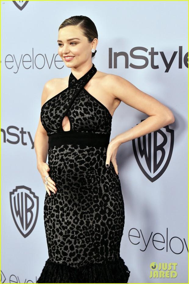 Miranda Kerr bụng bầu vượt mặt vẫn đẹp lộng lẫy, đọ sắc với dàn sao tại tiệc hậu Quả Cầu Vàng - Ảnh 3.