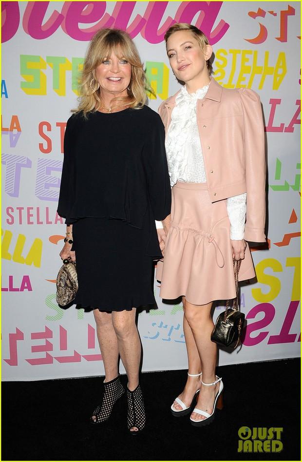 Bụng mang dạ chửa, Miranda Kerr vẫn là bông hoa xinh đẹp nhất giữa dàn sao nữ đình đám - Ảnh 8.