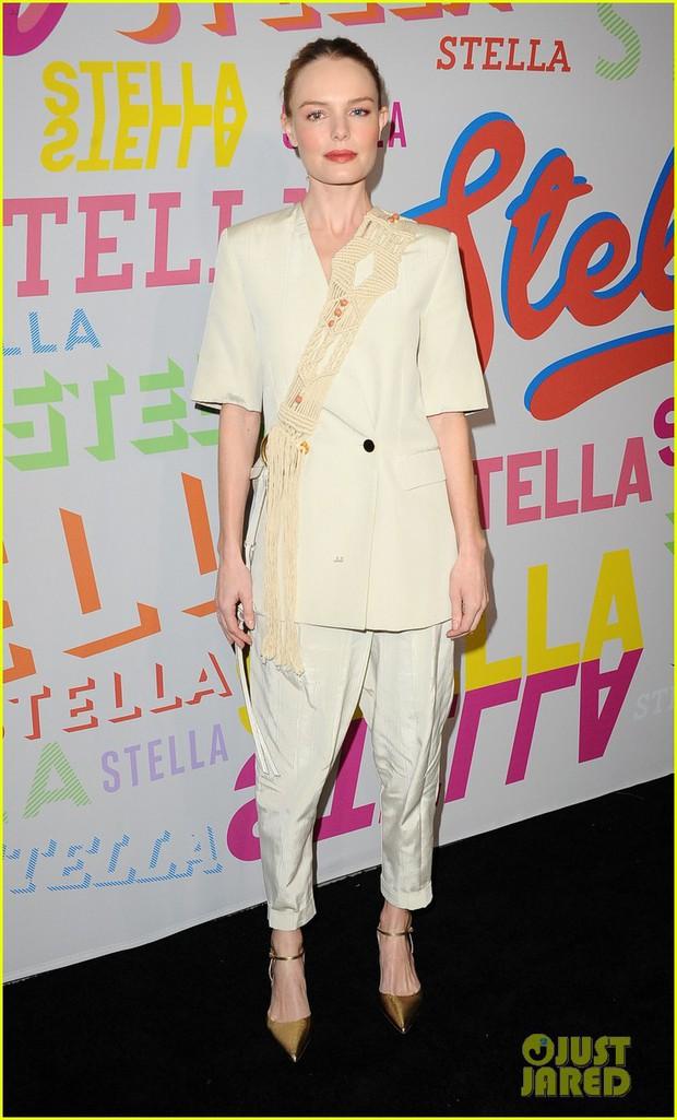 Bụng mang dạ chửa, Miranda Kerr vẫn là bông hoa xinh đẹp nhất giữa dàn sao nữ đình đám - Ảnh 9.