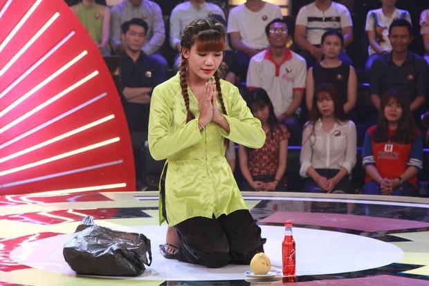 Thách thức danh hài: Bé gái 8 tuổi nói giọng Quảng Nam gây sốt vì quá đáng yêu - Ảnh 12.