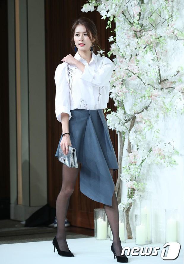 Đám cưới hội tụ toàn sao khủng: Lee Kwang Soo bỗng điển trai, Phạm Băng Băng Hàn Quốc bị mỹ nhân vô danh đè bẹp - Ảnh 12.