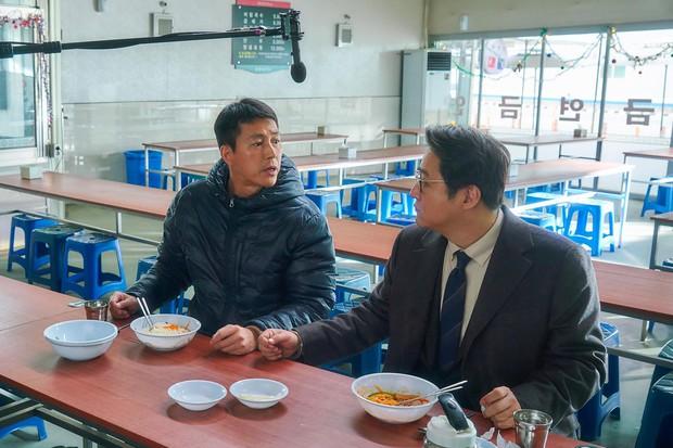 Danh sách 10 phim Hàn ăn khách nhất phòng vé năm 2017 - Ảnh 4.