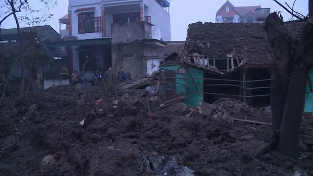 Nổ kinh hoàng ở Bắc Ninh lúc rạng sáng khiến 2 cháu bé tử vong, nhiều ngôi nhà bị san phẳng - Ảnh 11.