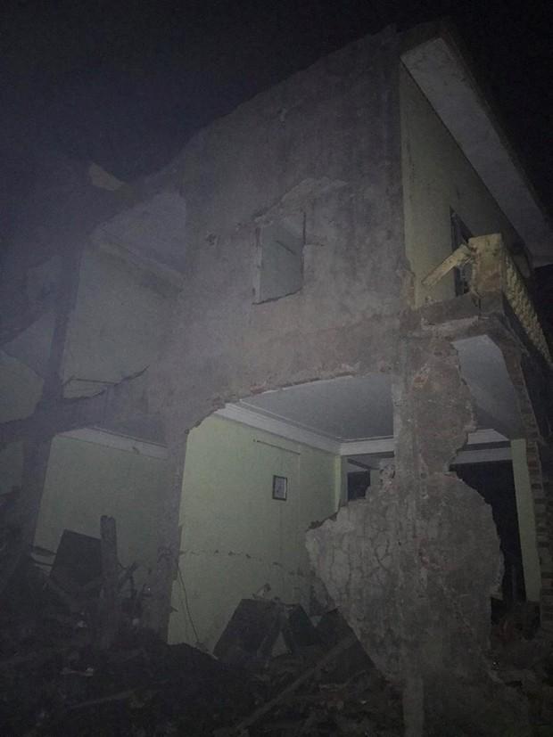 Nổ kinh hoàng ở Bắc Ninh lúc rạng sáng khiến 2 cháu bé tử vong, nhiều ngôi nhà bị san phẳng - Ảnh 9.