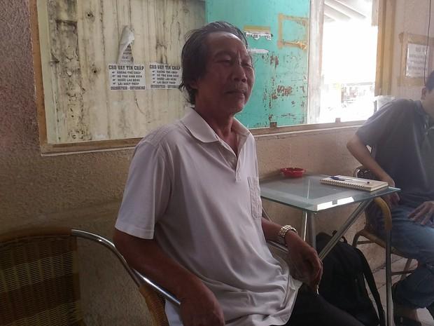 Đã triệu tập bảo vệ chung cư ở Sài Gòn đánh gãy sống mũi cụ ông gần 70 tuổi - Ảnh 3.