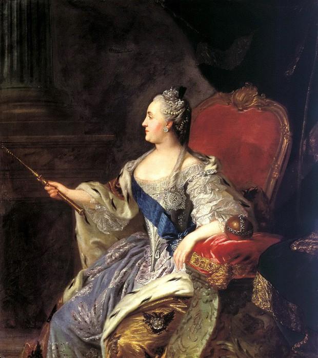 Tình sử phóng đãng của Nữ hoàng vĩ đại nhất nước Nga: 18 người tình, có người nhỏ hơn đến 40 tuổi - Ảnh 1.
