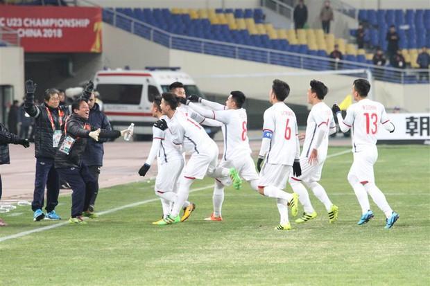 HLV Park Hang Seo liên tục kêu đáng tiếc sau trận thua U23 Hàn Quốc - Ảnh 2.